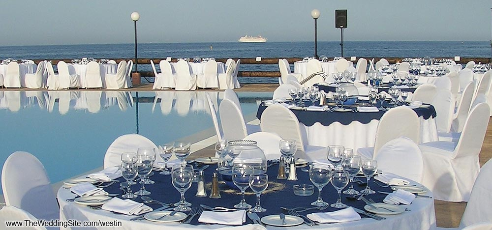 The ideal venue for a seated wedding reception Setups may be